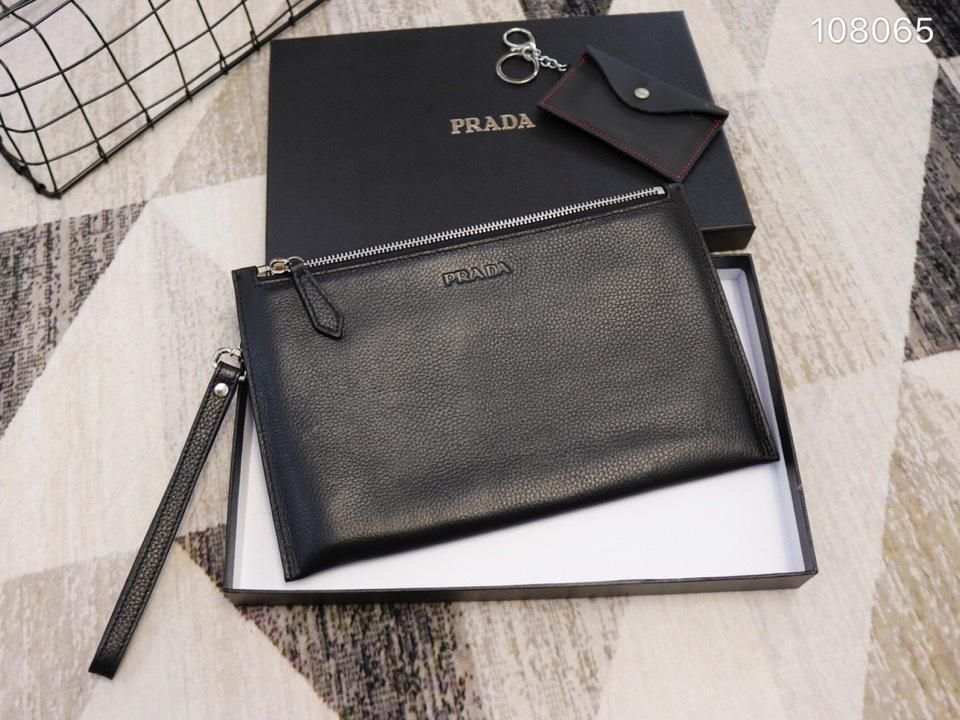 Prada 108065 Men Leather Zipper Clutch Bag Black