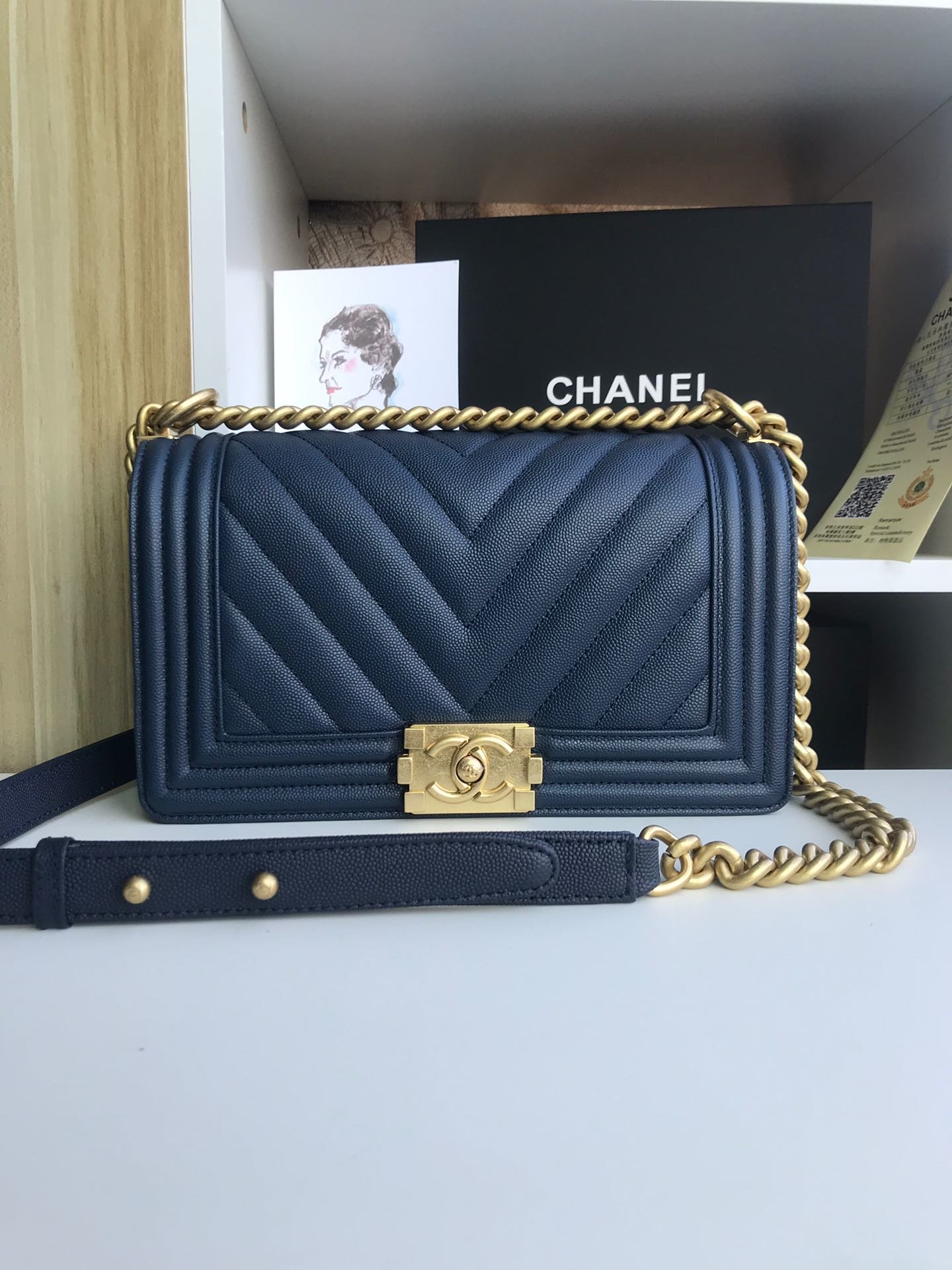 Replica 25cm V Boy Chanel Handbag Navy Blue Grained Calfskin Gold Tone Metal