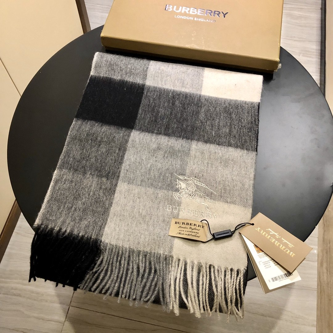Replica Burberry Scarf 0005