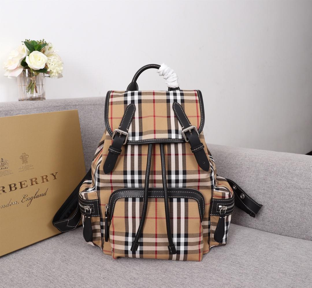 Replica Burberry Women 40767471 Medium Rucksack in Vintage Check Cotton Canvas