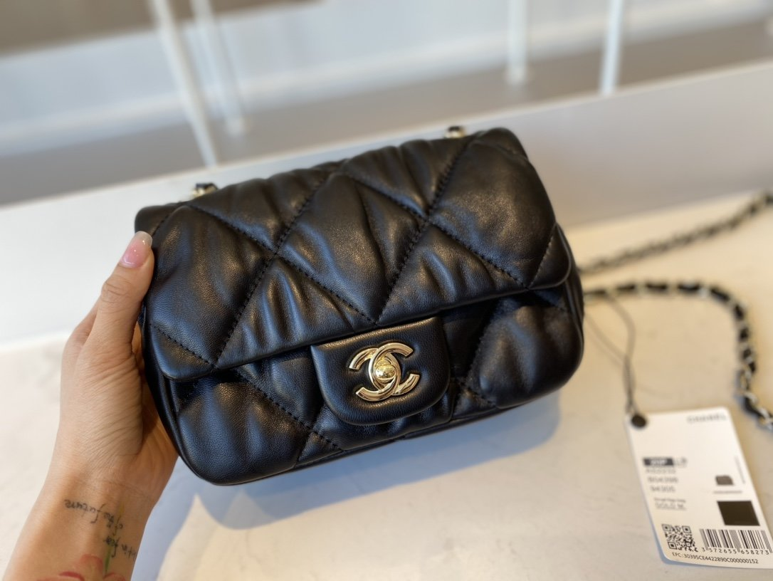 Replica Chanel AS2232 Small Flap Bag Calfskin Gold-Tone Metal Black