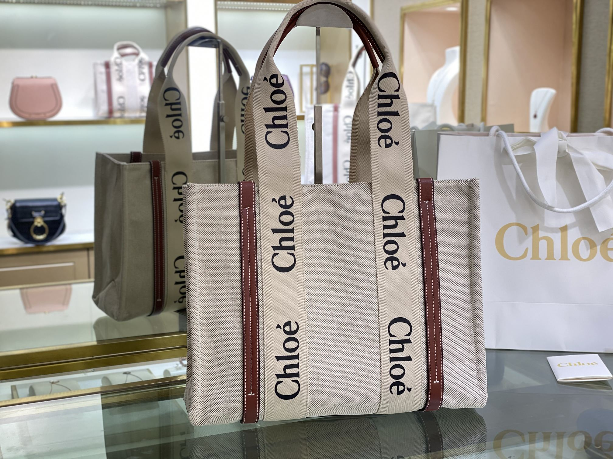 Replica Chloe Medium Woody Tote Bag in Cotton Canvas Shiny Calfskin with Woody Ribbon Brown