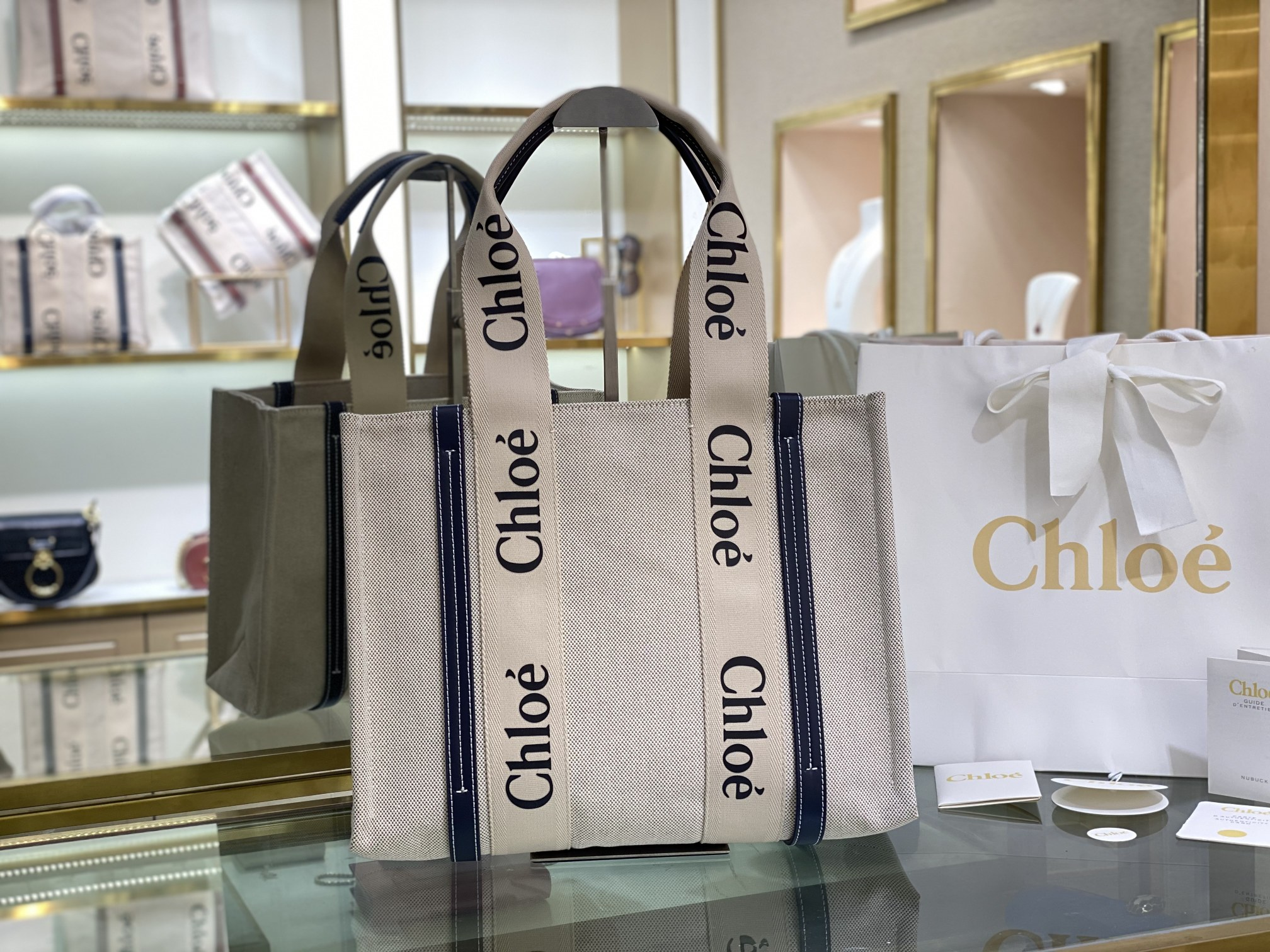 Replica Chloe Medium Woody Tote Bag in Cotton Canvas Shiny Calfskin with Woody Ribbon