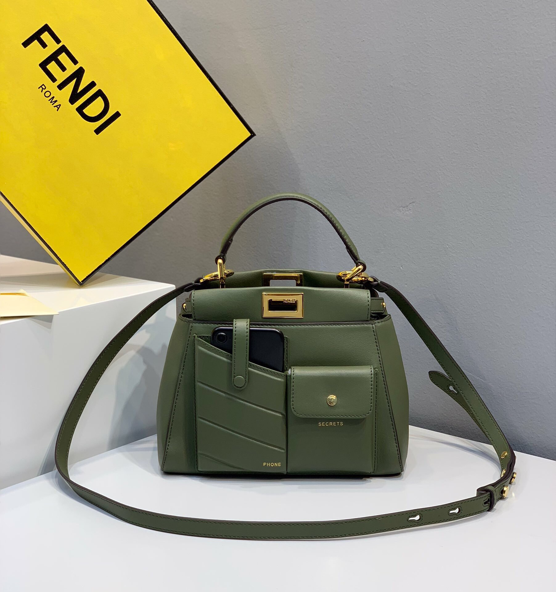 Replica Fendi Peekaboo Iconic Mini Green Leather Bag