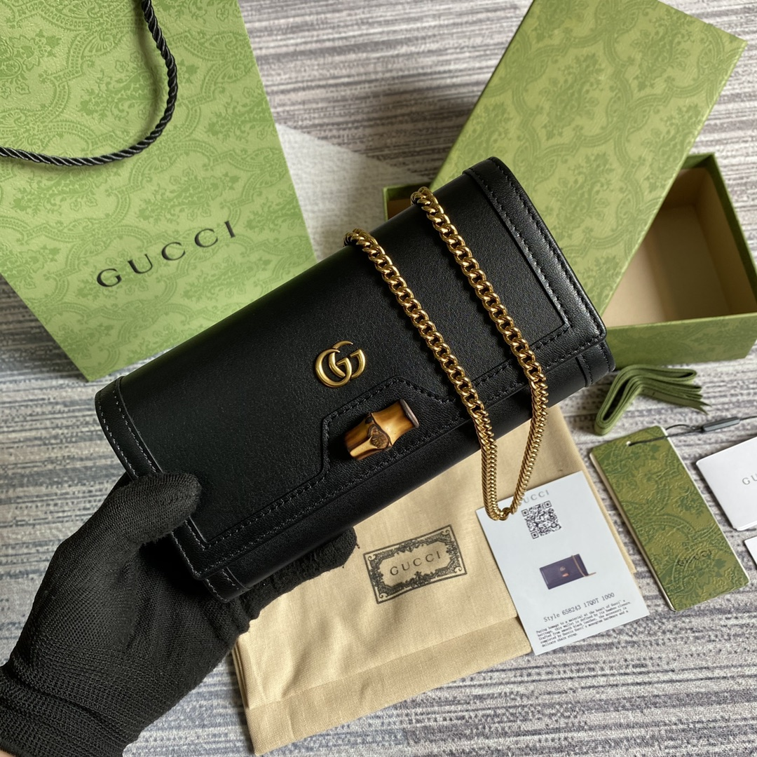 Replica Gucci 658243 Diana Chain Wallet with Bamboo Black Leather