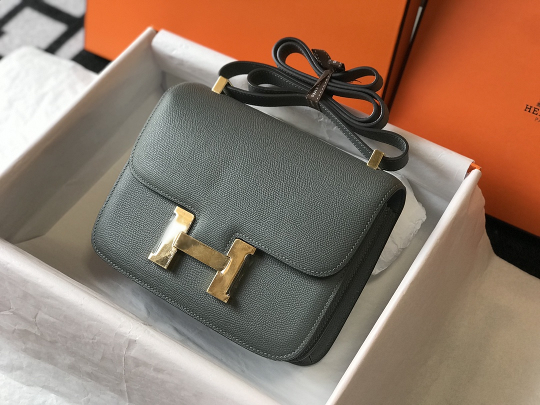 Replica Hermes Constance Bag Epsom Leather Almond Green Wiht Gold 19cm and 23cm