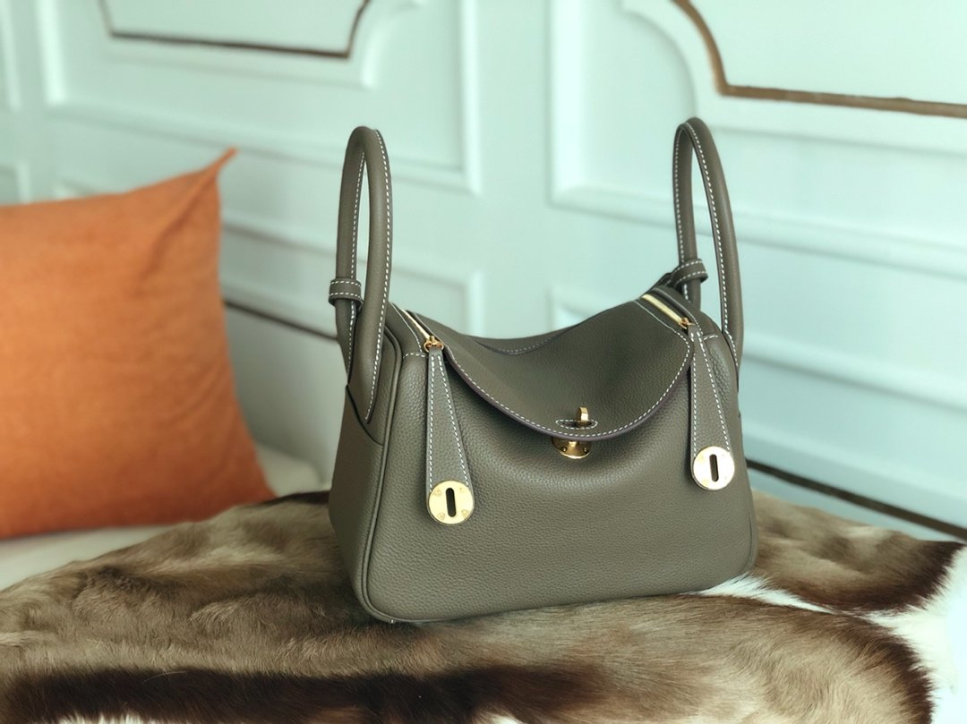 Replica Hermes Lindy Swift Calf Togo Leather Shoulder Bag Elephant ash