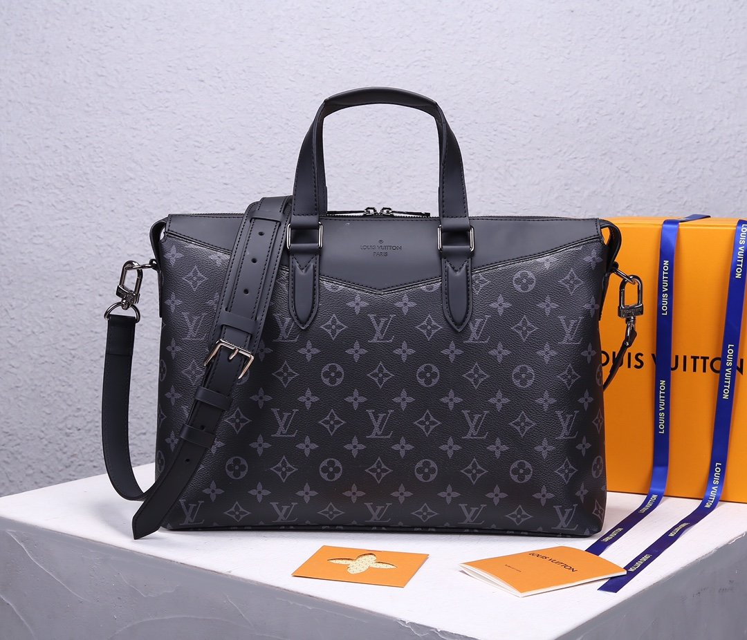 Replica Louis Vuitton M40566 Men Briefcase Explorer Masculine Eclipse Monogram Canvas