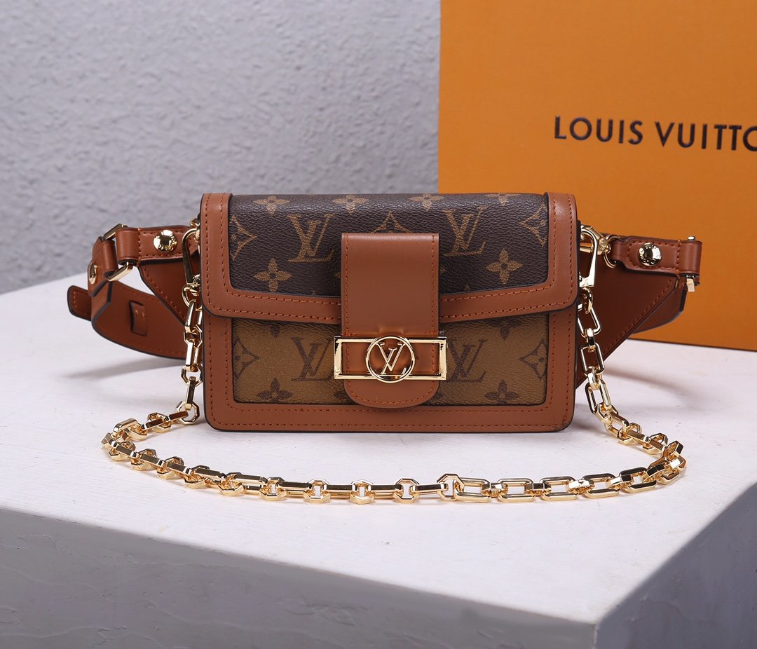 Replica Louis Vuitton M44586 Bumbag Dauphine Monogram