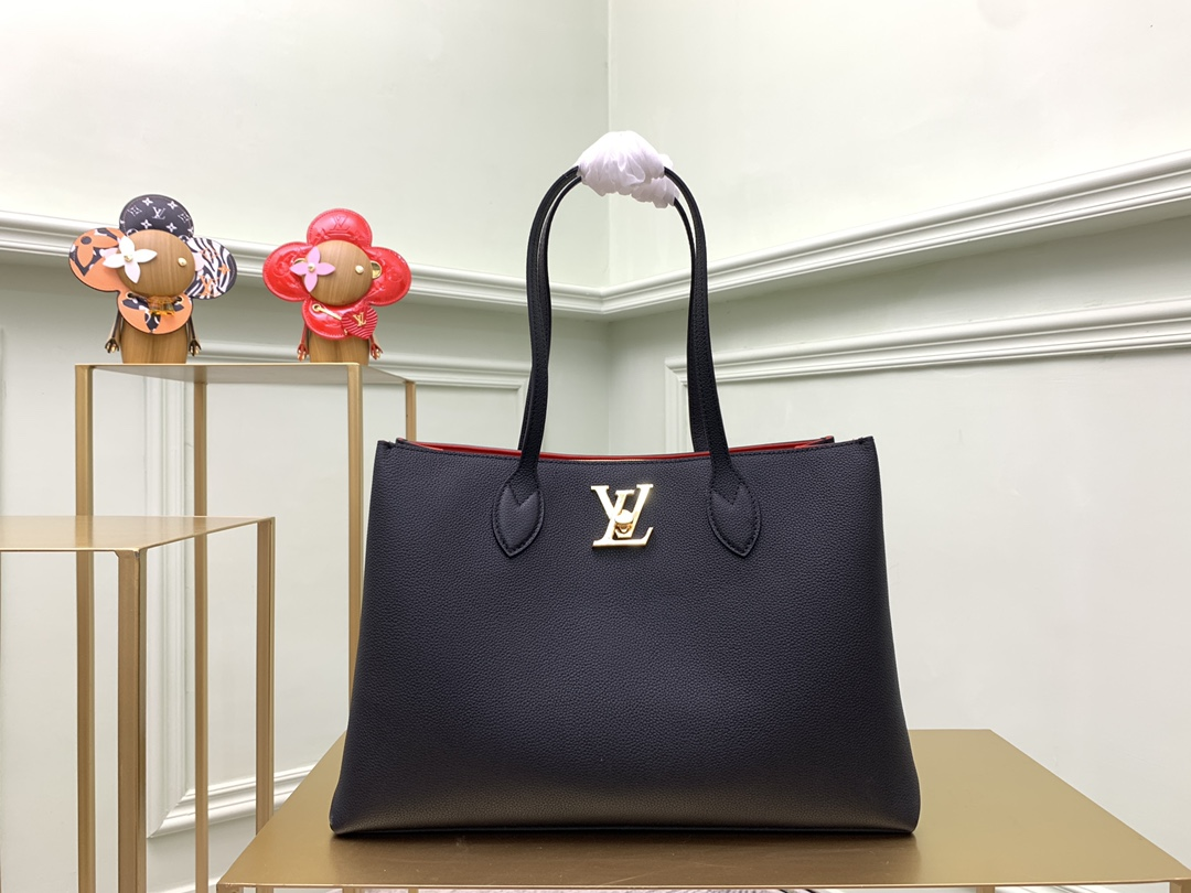 Replica Louis Vuitton M575345 Lockme Shopper Handbag in Supple Calf Leather Black