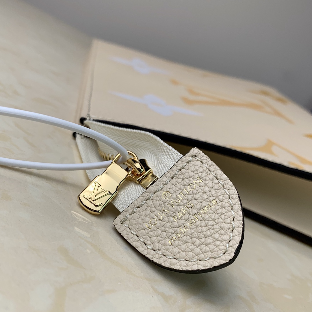 Replica Louis Vuitton M80504 Toiletry Pouch 26 Embossed Cowhide Leather Beige