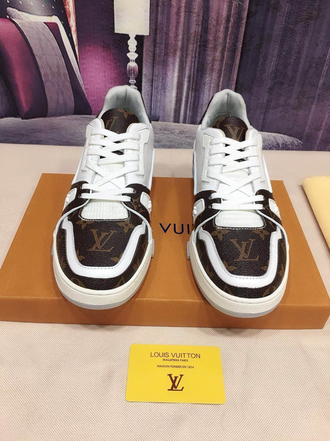 Replica Louis Vuitton Men Shoes 0002
