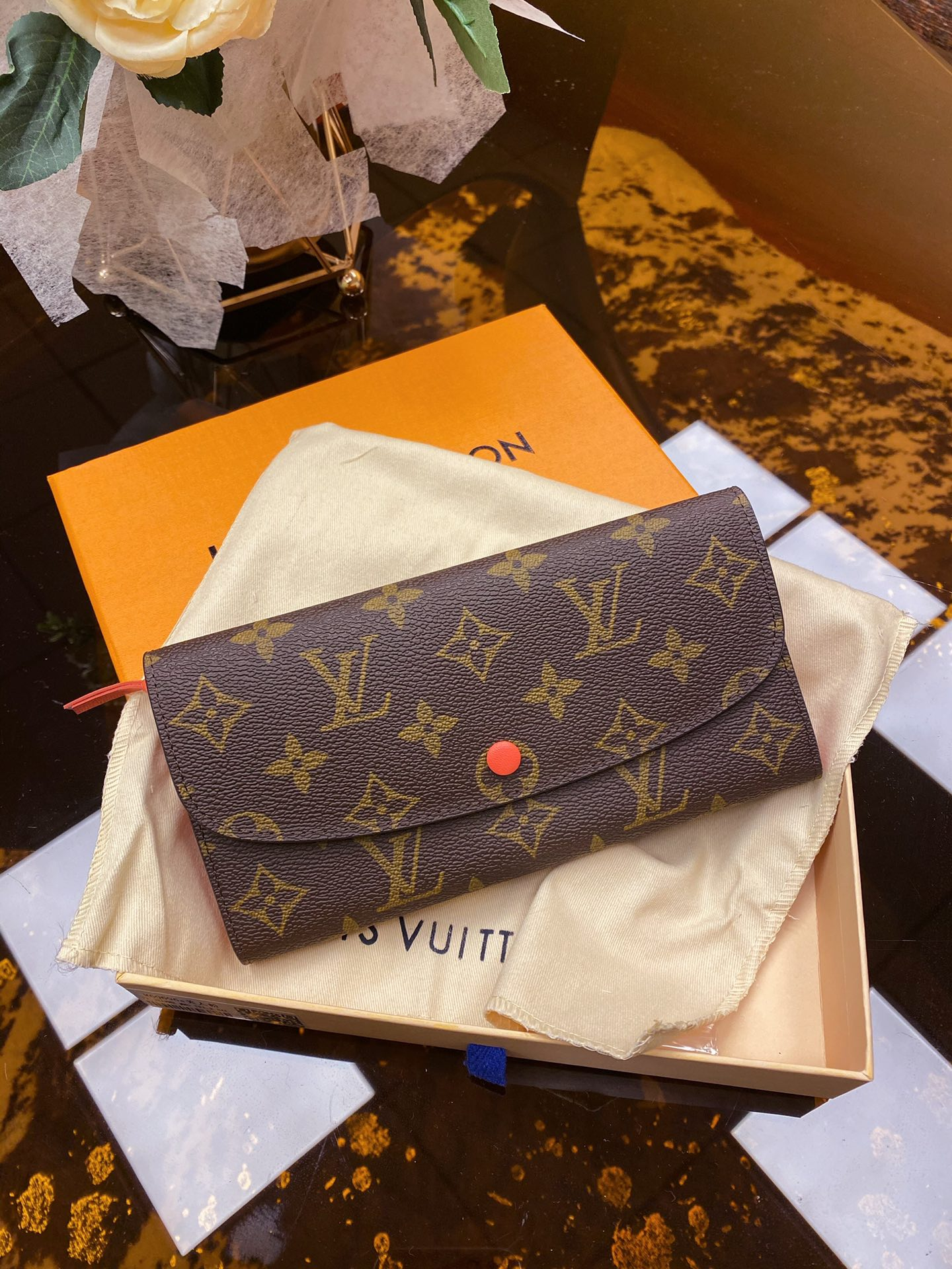 Replica Louis Vuitton Women Emilie Wallet Orange