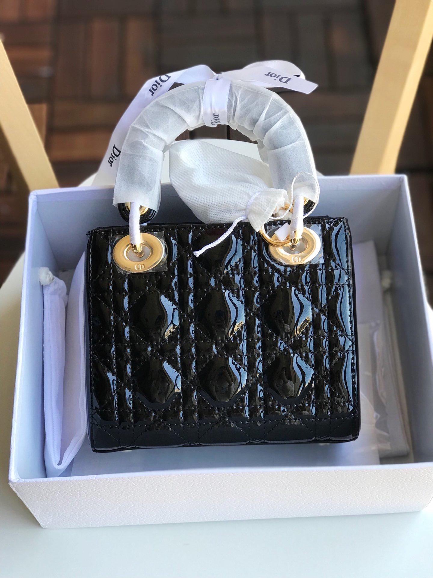 Replica Mini Lady Dior bag with Chain in Black Patent Cannage Calfskin Gold-Tone Metal