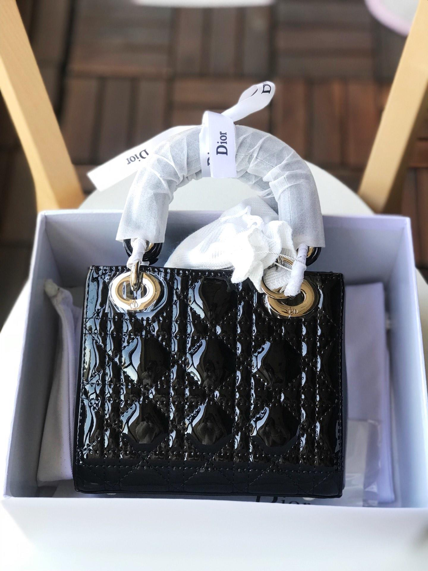 Replica Mini Lady Dior bag with Chain in Black Patent Cannage Calfskin Silver-Tone Metal