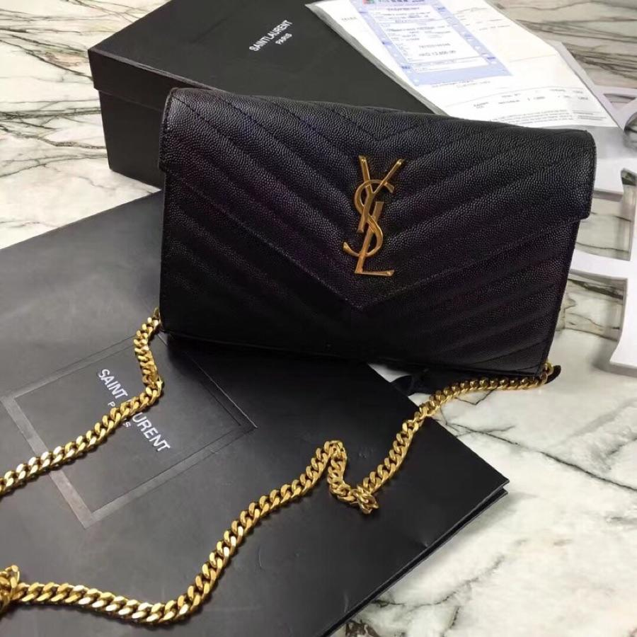 Replica Saint Laurent Monogram Chain Wallet In Grain De Poudre Embossed Leather Black With Gold LOGO
