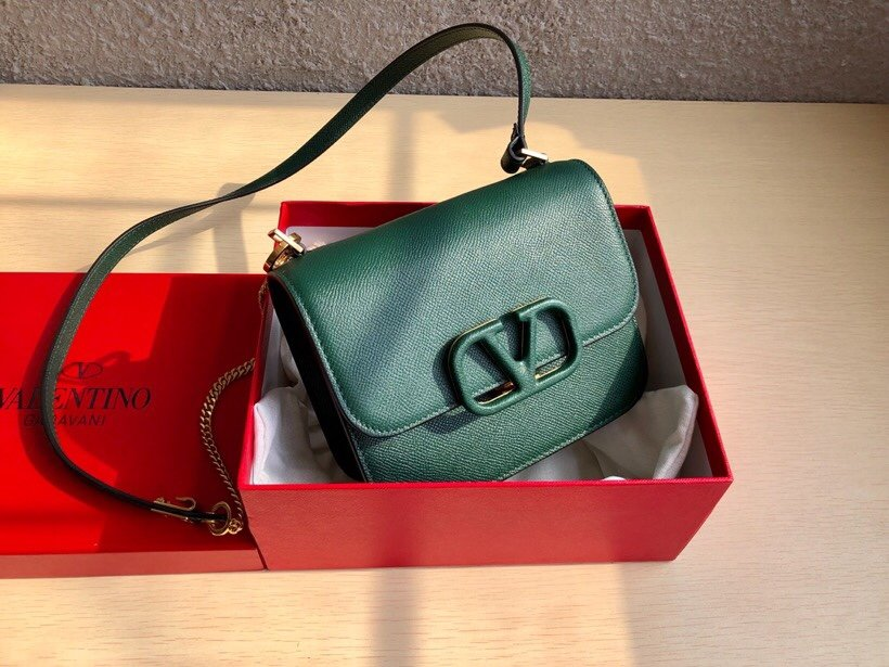 Replica Valentino Garavani VSLING Grainy Calfskin Shoulder Bag Green