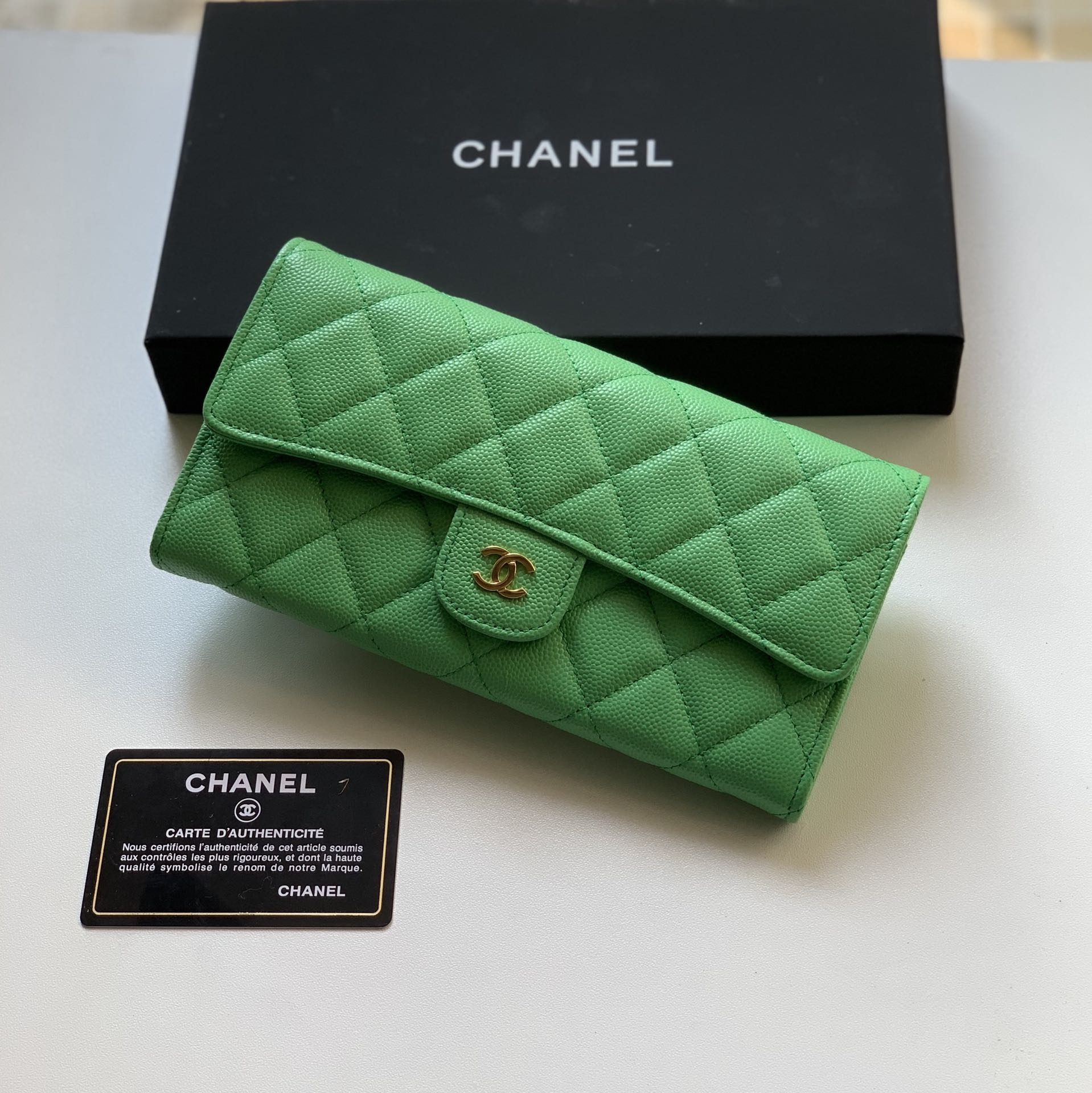 Top Quality Chaenl 80758 Classic Long Flap Wallet Green With Gold