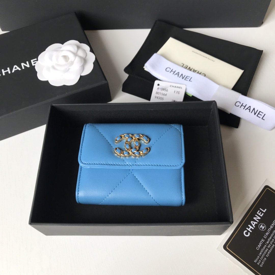 Top Quality Chanel AP1064 19 Small Flap Wallet Lambskin Gold-Tone Ruthenium-Finish Metal Blue