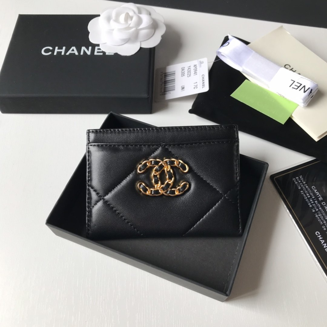Top Quality Chanel AP1167 19 Card Holder Lambskin Gold-Tone Ruthenium-Finish Metal Black