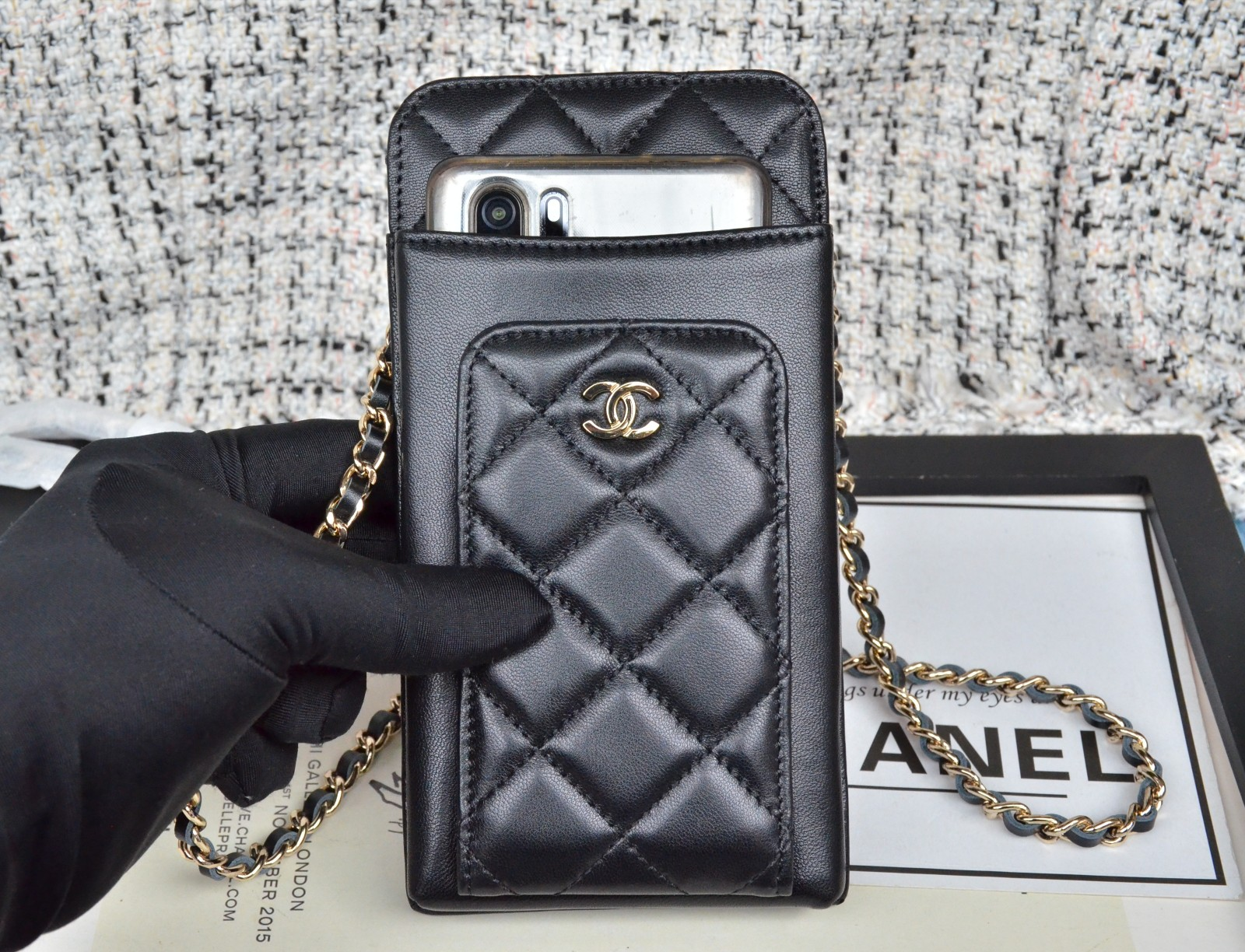 Top Quality Chanel Ohane Phone Shoulder Bag with Gold-Tone Metal 004